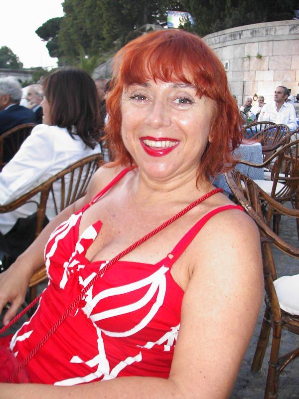 stefania-spugnini-lady-in-red.jpg